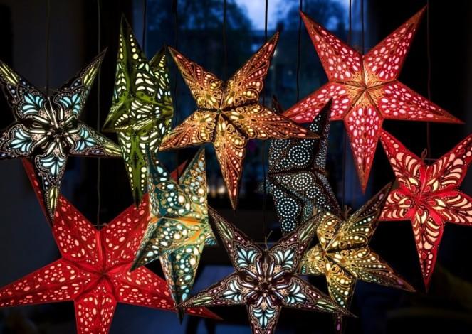 Stjernelampe stjerne med lys til vindue
